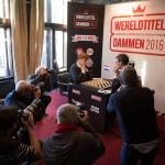 Volop media-aandacht in Groningen.